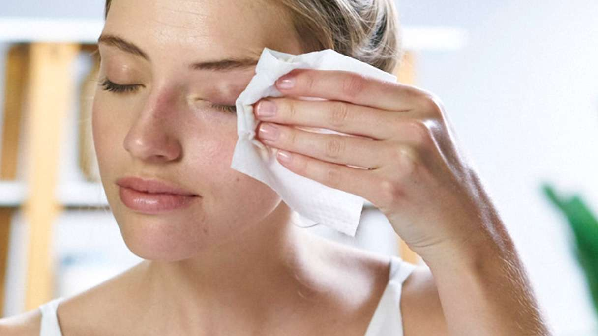 Girl using Simple Facial Cleansing Wipes