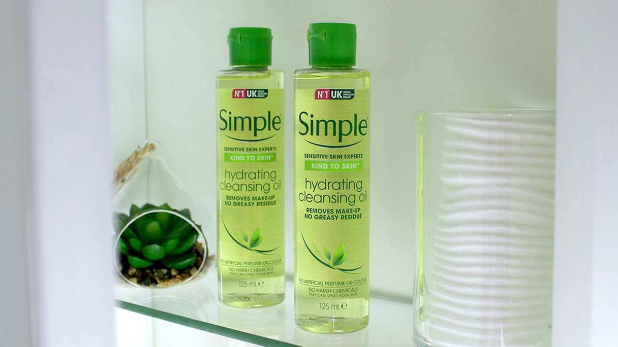 Simple How to ace the cleansing oil method oil in cupboard